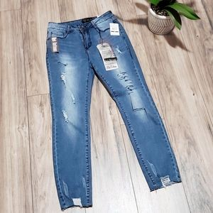 Denim - Red Bottoms Distressed Skinny Jeans Womens 5-6